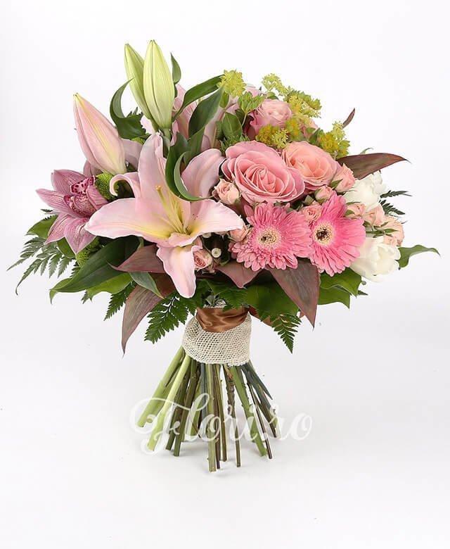 lalele albe,  miniroze roz,  trandafiri roz, bupleurum,  crini roz,  cymbidium roz