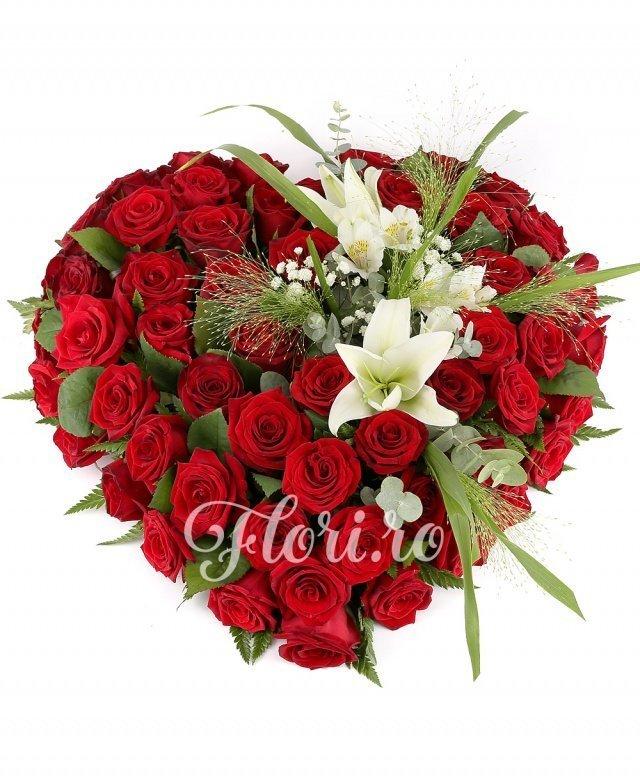 60 trandafiri, 2 crini albi, 1 alstroemeria, verdeaţă