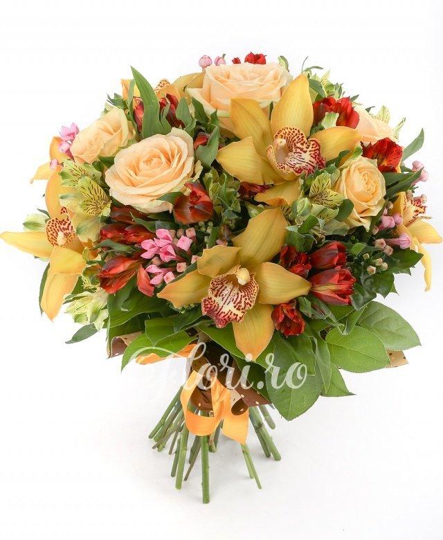 5 trandafiri, 7 orhidee cymbidium galbene, 5 alstroemeria galbene, 5 alstroemeria roșii, 5 bouvardia, verdeață