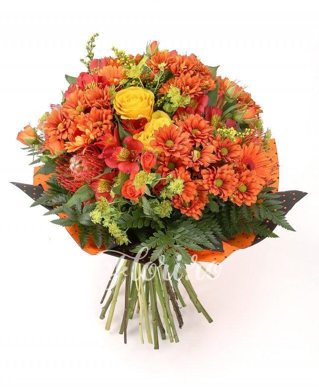 5 trandafiri galbeni, 3 leucospermum, 6 crizanteme portocalii, 6 gerbera portocalie, 5 miniroze portocalii, 5 alstroemeria roșii, 3 fire solidago galbene, verdeață