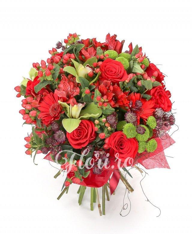 9 trandafiri roșii, 7 gerbera roșii, 3 santini verde, 5 hypericum roșu, 5 astranția roșie, cymbidium verde, verdeață