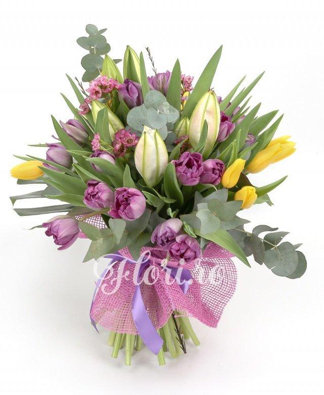 crini roz,  lalele roz,  lalele galbene, waxflower roz, verdeață