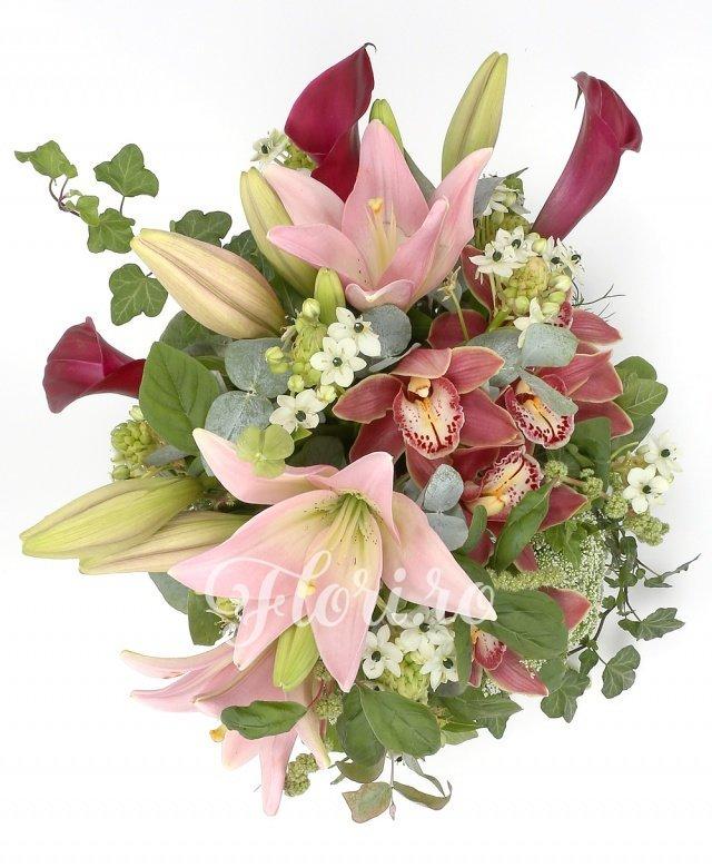 cymbidium grena, 2 crini roz, 3 cale mov, 5 ornithogalum, 4 trachelium alb, verdeață