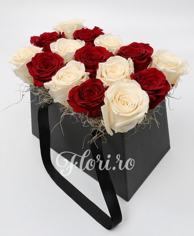15 trandafiri criogenati, cutie eleganta