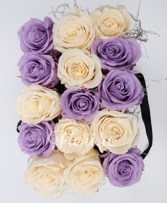 15 trandafiri criogenați mov albi, cutie neagră